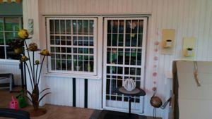Türe zur Terrasse zum Öffnen