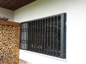 Scherengitter geschlossen in Böckweiler